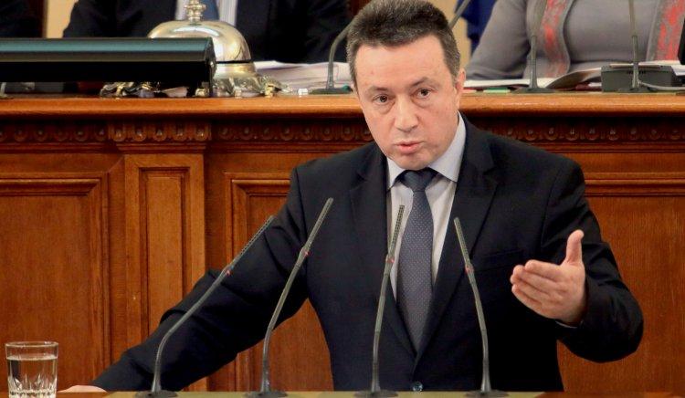Янаки Стоилов на 9 септември: Да се противопоставим на надигащия се екстремизъм във всички негови форми